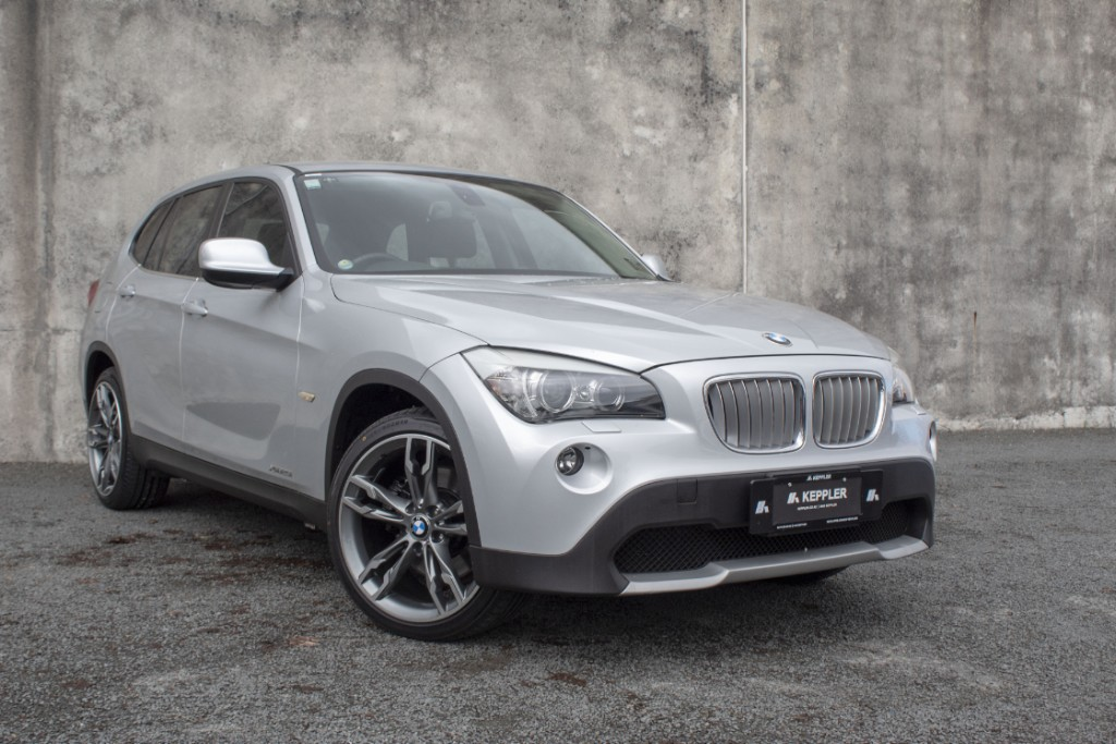 2010 BMW X1 3.0L X Drive 25I LOW KM'S