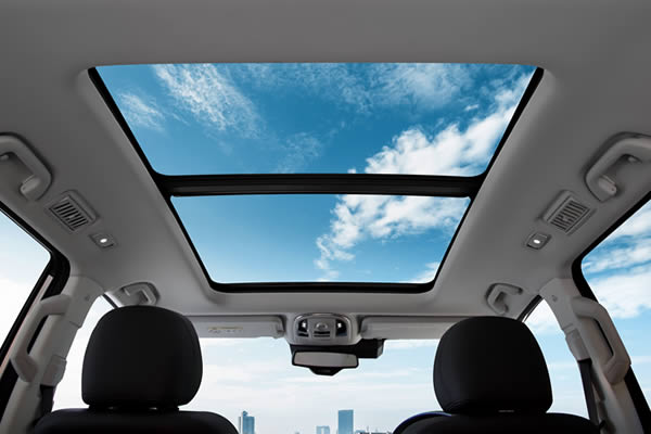 new H9 panoramic sunroof