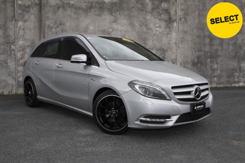 2012 Mercedes-Benz B180 VERY LOW KM