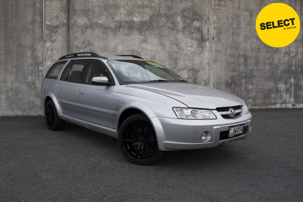 2004 Holden Adventra V8